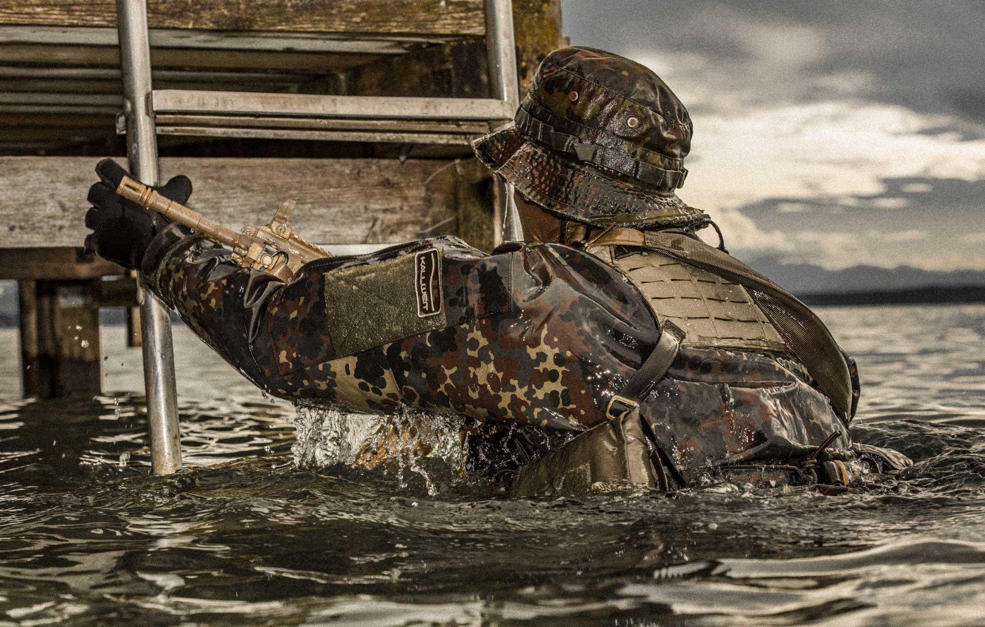 Kallweit Trockentauchanzüge für Heer und Marine