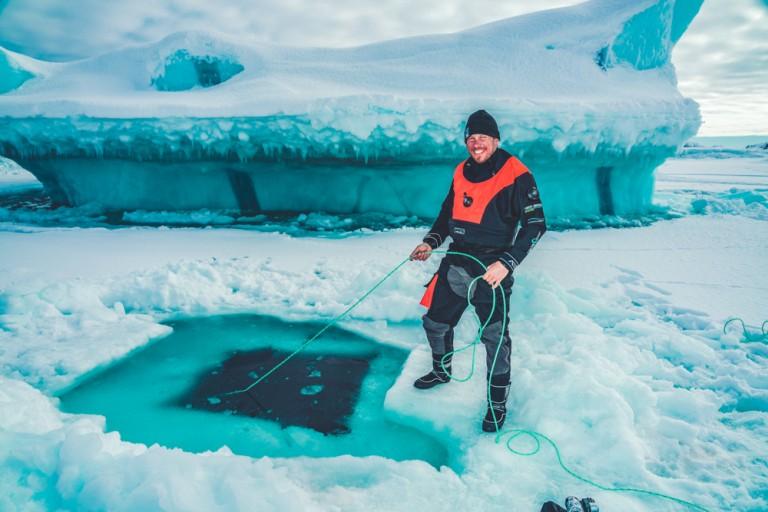 Kallweit Trockentauchanzug XFT X-TREME Manuafaktur Anfertigung Foto: Uli Kunz / Sven Gust